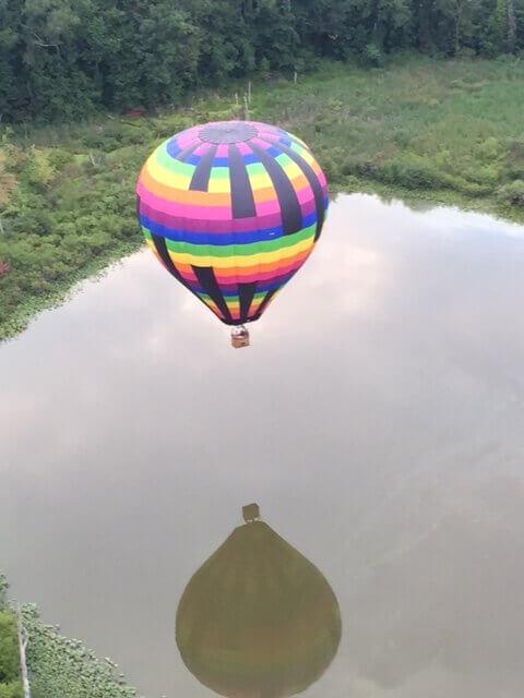 BALLOON OVER LAKE